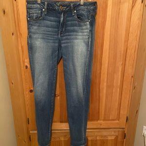 Super stretch American eagle jeans